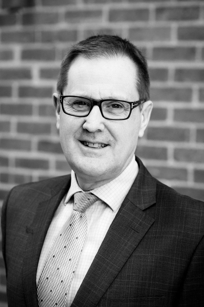 Stuart Monotti, Lawyer